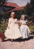 Les princesses, habillées par Maman.